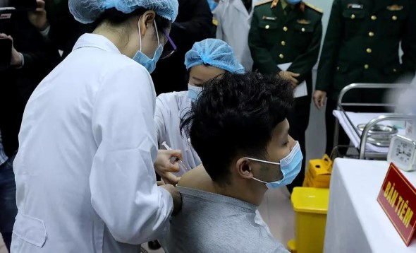 Nanocovax trial begins in Vietnam