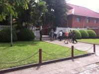 Vietnamese bloggers enter Swedish Embassy
