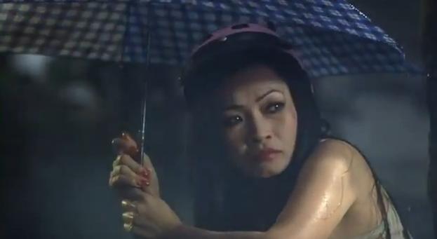 Phương Thanh as Hạnh, an aging prostitute.