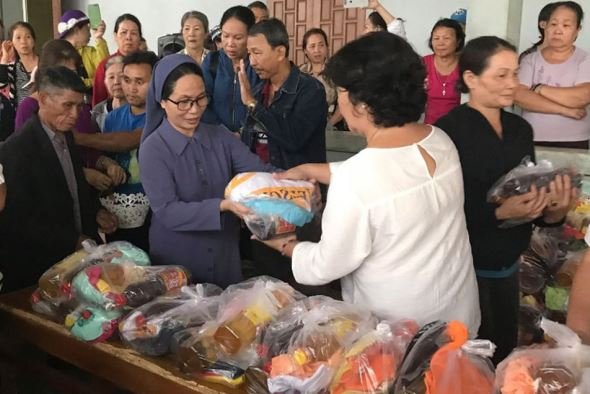 Religious organizations helped flood victims